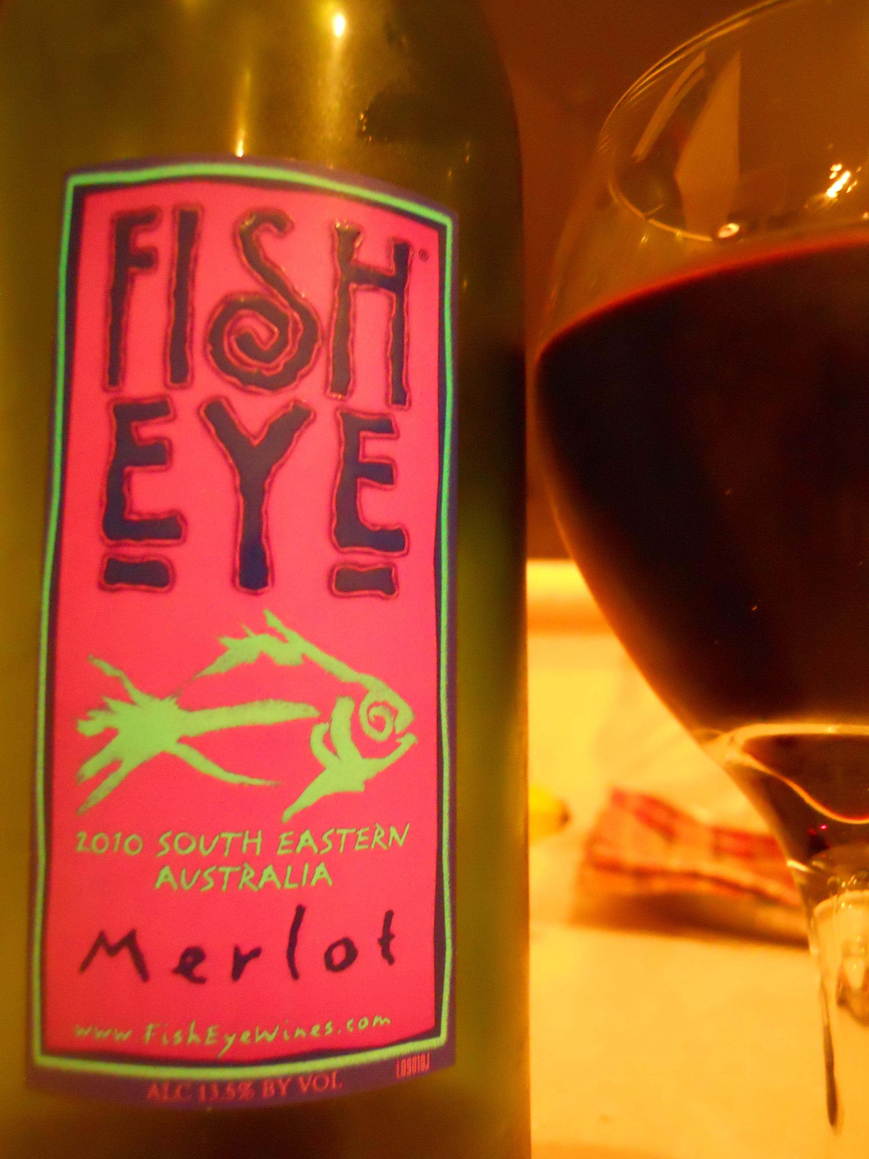 Fish eye merlot 2010 south eastern australia wine and for Fish eye wine